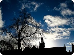 Sillhouette of Glasgow University.